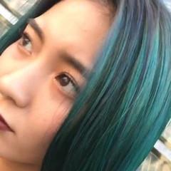 ミディアム ストリート ブルー ブルーアッシュ ヘアスタイルや髪型の写真・画像