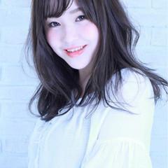 セミロング 外国人風 アッシュ 大人かわいい ヘアスタイルや髪型の写真・画像