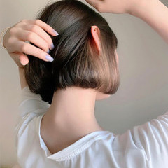 ミニボブ ボブ ミルクティーベージュ ショートボブ ヘアスタイルや髪型の写真・画像