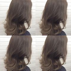ナチュラル イルミナカラー 外国人風 セミロング ヘアスタイルや髪型の写真・画像