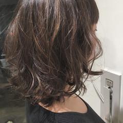 パーマ ボブ ハイライト ナチュラル ヘアスタイルや髪型の写真・画像