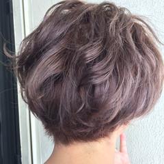 ショート 透明感 秋 ガーリー ヘアスタイルや髪型の写真・画像