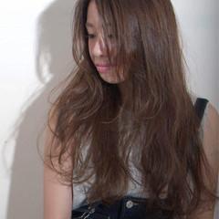 夏 ロング くせ毛風 ストリート ヘアスタイルや髪型の写真・画像