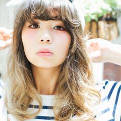 大人かわいい 外国人風 ロング ストリート ヘアスタイルや髪型の写真・画像