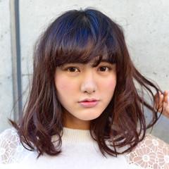 アッシュ レイヤーカット 大人かわいい ガーリー ヘアスタイルや髪型の写真・画像