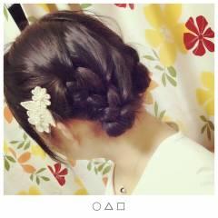 ガーリー 丸顔 ミディアム ヘアアレンジ ヘアスタイルや髪型の写真・画像