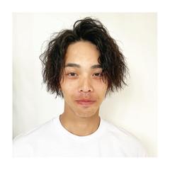 ストリート ミディアム メンズ ツイスト ヘアスタイルや髪型の写真・画像