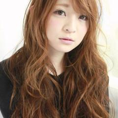 無造作 グレージュ 大人かわいい ハイトーン ヘアスタイルや髪型の写真・画像