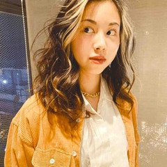クール 外国人風カラー セミロング かきあげバング ヘアスタイルや髪型の写真・画像