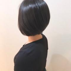 ボブ 前下がり 前下がりヘア ナチュラル ヘアスタイルや髪型の写真・画像