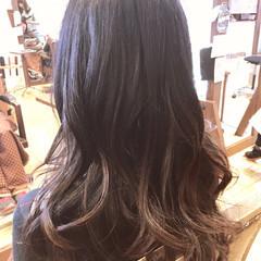 オフィス ロング デート アンニュイほつれヘア ヘアスタイルや髪型の写真・画像