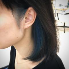 インナーブルー ネイビーブルー ナチュラル ミディアム ヘアスタイルや髪型の写真・画像