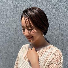 ショート うざバング ショートヘア ナチュラル ヘアスタイルや髪型の写真・画像
