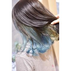 ブルー ターコイズブルー モード インナーブルー ヘアスタイルや髪型の写真・画像