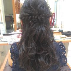 二次会 セミロング ハーフアップ 結婚式 ヘアスタイルや髪型の写真・画像