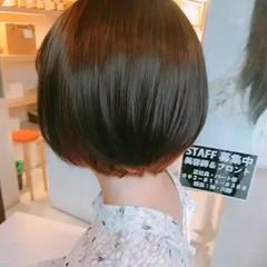 ストリート ショートボブ 小顔 インナーカラー ヘアスタイルや髪型の写真・画像