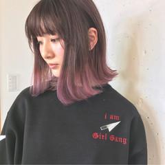 ピンク グラデーションカラー ボブ 外ハネ ヘアスタイルや髪型の写真・画像