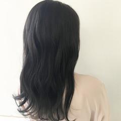 ロング ウェーブ オフィス 簡単ヘアアレンジ ヘアスタイルや髪型の写真・画像