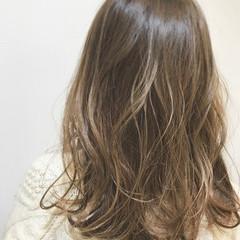 ウェットヘア 外国人風カラー ロング グラデーションカラー ヘアスタイルや髪型の写真・画像
