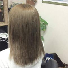 ガーリー ダブルカラー ハイトーンカラー セミロング ヘアスタイルや髪型の写真・画像
