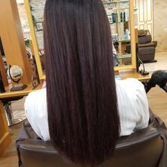 レッド ロング ナチュラル 艶髪 ヘアスタイルや髪型の写真・画像
