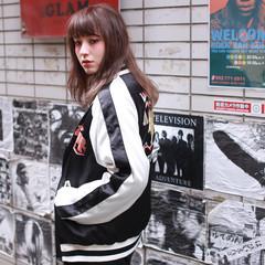 外国人風 アッシュ セミロング モード ヘアスタイルや髪型の写真・画像