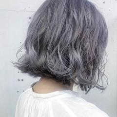 ブリーチカラー 透明感カラー ラベンダーグレー ブリーチ必須 ヘアスタイルや髪型の写真・画像