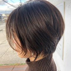 ウルフカット ショートヘア インナーカラー フェミニン ヘアスタイルや髪型の写真・画像
