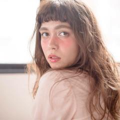 パーマ セミロング ゆるふわ ウェーブ ヘアスタイルや髪型の写真・画像
