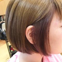 ガーリー アッシュ ボブ ハイトーン ヘアスタイルや髪型の写真・画像