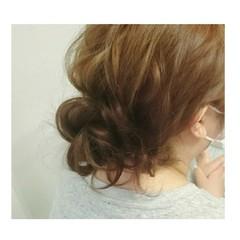ゆるふわ ミディアム ヘアアレンジ お団子 ヘアスタイルや髪型の写真・画像