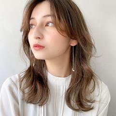 アンニュイほつれヘア 大人かわいい ゆるふわ セミロング ヘアスタイルや髪型の写真・画像