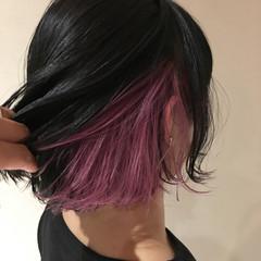 インナーカラーパープル 切りっぱなしボブ インナーカラー ピンクパープル ヘアスタイルや髪型の写真・画像