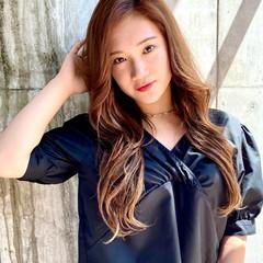 ナチュラル レイヤーカット 韓国ヘア ロング ヘアスタイルや髪型の写真・画像