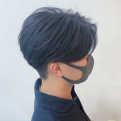 ニュアンスパーマ メンズカット センターパート ナチュラル ヘアスタイルや髪型の写真・画像