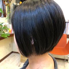 まとまるボブ 黒髪 モード 大人ヘアスタイル ヘアスタイルや髪型の写真・画像