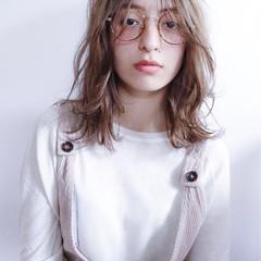 ロブ アウトドア ヘアアレンジ ナチュラル ヘアスタイルや髪型の写真・画像