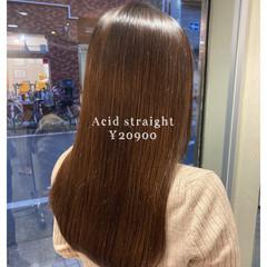 ロング 艶髪 縮毛矯正 髪質改善 ヘアスタイルや髪型の写真・画像