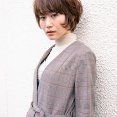 小顔ショート ショートヘア マッシュショート ナチュラル ヘアスタイルや髪型の写真・画像