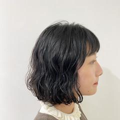 パーマ ボブ 切りっぱなしボブ ゆるふわパーマ ヘアスタイルや髪型の写真・画像