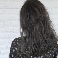 ガーリー アッシュグレージュ ロング グレージュ ヘアスタイルや髪型の写真・画像