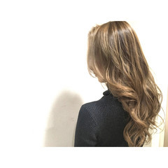 セミロング フリンジバング アッシュ インナーカラー ヘアスタイルや髪型の写真・画像