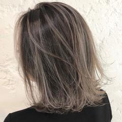 バレイヤージュ ハイライト ボブ 透明感カラー ヘアスタイルや髪型の写真・画像