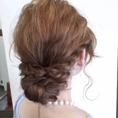 シニヨン ゆるふわ ヘアアレンジ ルーズ ヘアスタイルや髪型の写真・画像