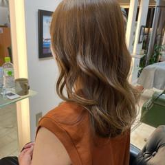 ロング ナチュラル 髪質改善トリートメント 透明感カラー ヘアスタイルや髪型の写真・画像