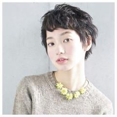 ガーリー ショート 暗髪 外国人風 ヘアスタイルや髪型の写真・画像