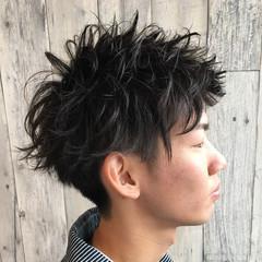 黒髪 ショート メンズ パーマ ヘアスタイルや髪型の写真・画像