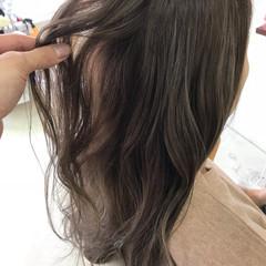 デート アンニュイほつれヘア 巻き髪 簡単ヘアアレンジ ヘアスタイルや髪型の写真・画像