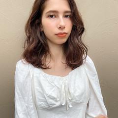 ミディアム ベージュカラー グレージュ ベージュ ヘアスタイルや髪型の写真・画像