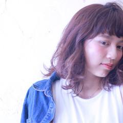 愛され ストリート ミディアム パーマ ヘアスタイルや髪型の写真・画像